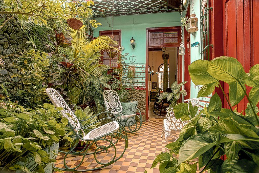 Casa_Particular_Hostal_Olga_Rivera_Gomez_Santa_Clara_Terrasse_1