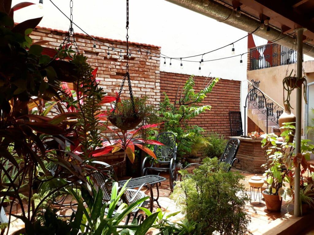 Casa_Particular_Rosario212_Trinidad_Terasse_Innenhof2-scaled.jpg